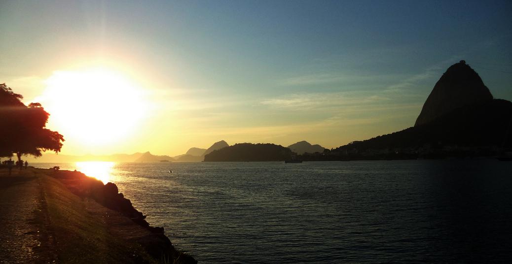 Amanhecer no aterro do Flamengo
