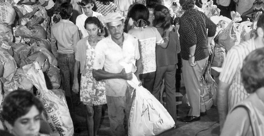 C. E. C. 1973-Distribuição de alimentos